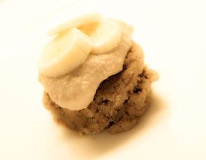 Bananmuffins med nøttesmør (uten steking)